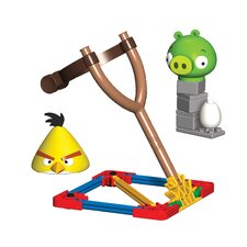 Angry Birds Yellow Bird and Medium Minion Pig Building Set