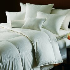 <strong>Down Inc.</strong> Aurora Down Comforter