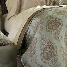 Marbella Button-Tufted Comforter