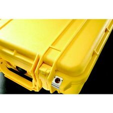 Lightweight Case in Yellow