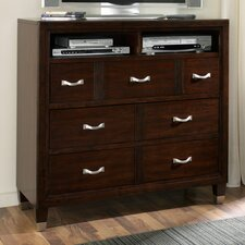 <strong>Broyhill®</strong> East Lake2 3 Drawer Media Chest