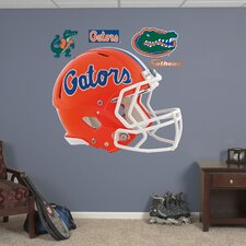<strong>Fathead</strong> NCAA Helmet Wall Decal