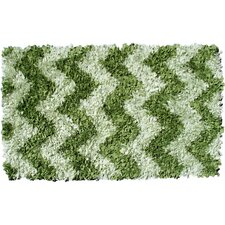 Shaggy Raggy Green Chevron Rug