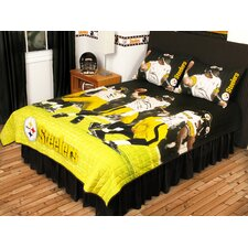 <strong>Sports Coverage Inc.</strong> Play Action Steelers Twin/Full Quilt Set