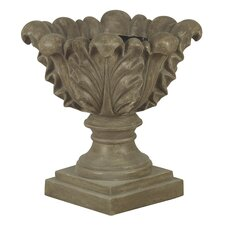 21 Scroll Leaf Garden Ornament Planter