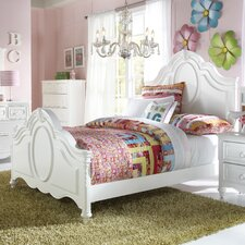 Sweet Heart Panel Bed