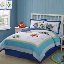 <strong>PEM America</strong> Colorful Sea Twin Quilt with Pillow Sham
