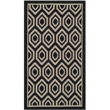 Courtyard Black/Beige Outdoor Rug