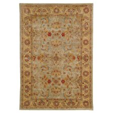 <strong>Safavieh</strong> Classic Light Green/Gold Kerman Rug