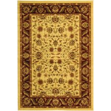 <strong>Safavieh</strong> Lyndhurst Cream/Red Rug