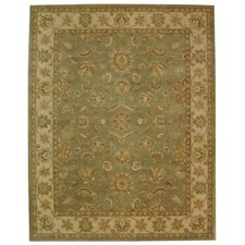 <strong>Safavieh</strong> Antiquities Green/Gold Rug
