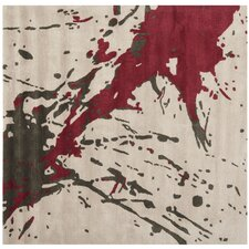 <strong>Safavieh</strong> Soho Beige / Red Rug