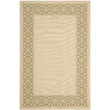<strong>Safavieh</strong> Courtyard Cream/Green Floral Rug