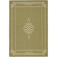 Courtyard Green/Creme Rug