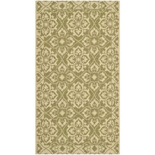 Courtyard Green / Creme Outdoor Area Rug