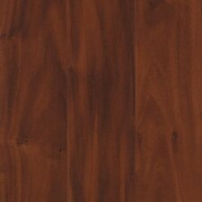 <strong>Mohawk Flooring</strong> Jasmine 8mm Amendoim Laminate in Cayenne