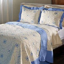 <strong>Simple Luxury</strong> Embroidered Quilt Set