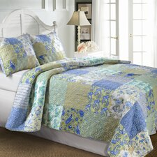 <strong>Greenland Home Fashions</strong> Vintage Jade Quilt Set