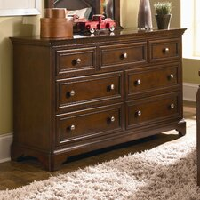 <strong>Lea Industries</strong> Covington 7 Drawer Dresser