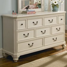<strong>Lea Industries</strong> Retreat 149 7-Drawer Dresser