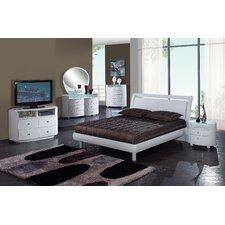 <strong>Global Furniture USA</strong> Emily Platform Bedroom Collection