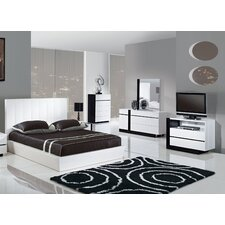 <strong>Global Furniture USA</strong> Trinity Platform Bedroom Collection