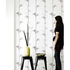 <strong>ferm LIVING</strong> Berry One Floral Botanical Wallpaper