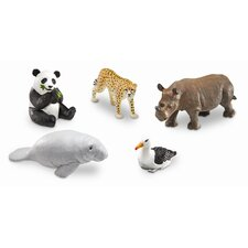 <strong>Learning Resources</strong> Jumbo Endangered Animals