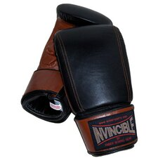 <strong>Amber Sporting Goods</strong> Invincible Pro Bag Gloves