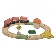 City 17 Piece Oval Railway Play Set