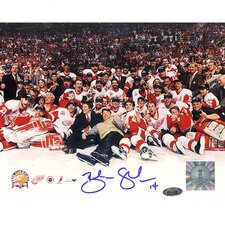 NHL Brendan Shanahan Red Wings 2002 Stanley Cup Team Autographed