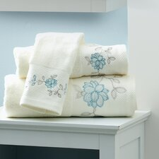 <strong>Croscill Home Fashions</strong> Melody Fingertip Towel