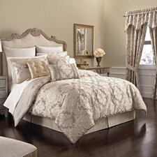 <strong>Croscill Home Fashions</strong> Ava Bedding Collection