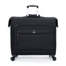 Helium Hyperlite Spinner Trolley Garment Bag