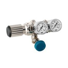 - 100 PSI Delivery Pressure 2 Stage High-Purity Brass Low Flow Regulator With 3000 PSI Maximum Rated Inlet Pressure, CGA-590
