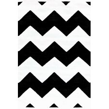 Chevron Black / White Indoor / Outdoor Area Rug