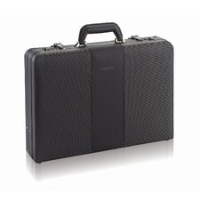 <strong>Solo Cases</strong> Sterling Laptop Attaché Case