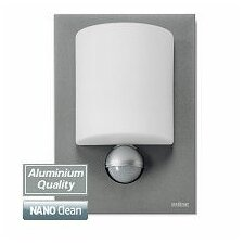 L890 Pure PIR 1 Light Wall Flush Light