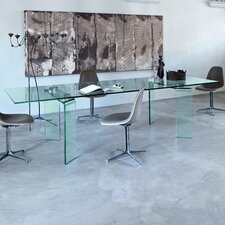 Ray Plus Dining Table