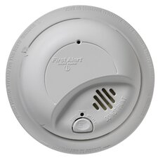 <strong>First Alert</strong> Hardwired Smoke Alarm with Battery Backup
