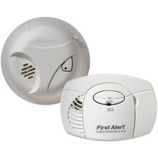 <strong>First Alert</strong> Smoke Alarm and Carbon Monoxide Detector