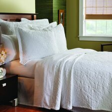 <strong>Caravelle</strong> Matelassé Stone Washed Coverlet Collection