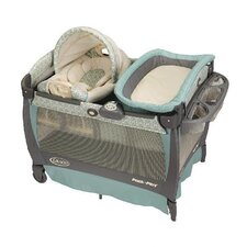 <strong>Graco</strong> Pack 'n Play Playard with Cuddle Cove Rocking Seat