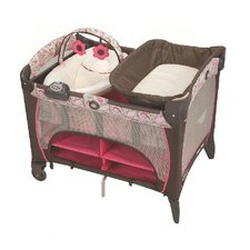 <strong>Graco</strong> Pack 'n Play Playard with Newborn Napper Station DLX