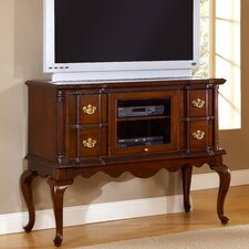 <strong>American Woodcrafters</strong> Lasting Traditions 4 Drawer Entertainment Dresser
