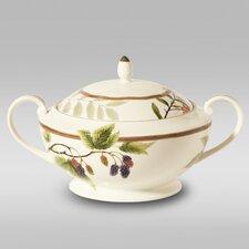 Berries and Brambles 2.25-qt. Porcelain Round Casserole