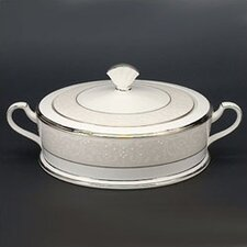 Silver Palace 64 oz. Covered Vegetable Bowl