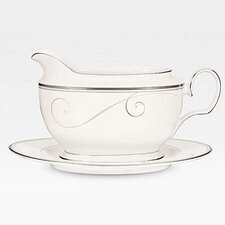 Platinum Wave 18 oz. Gravy Boat with Tray
