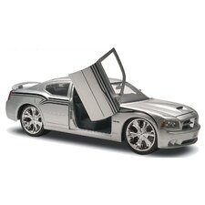 1:25 Dodge Charger SRT8 Car Model Kit