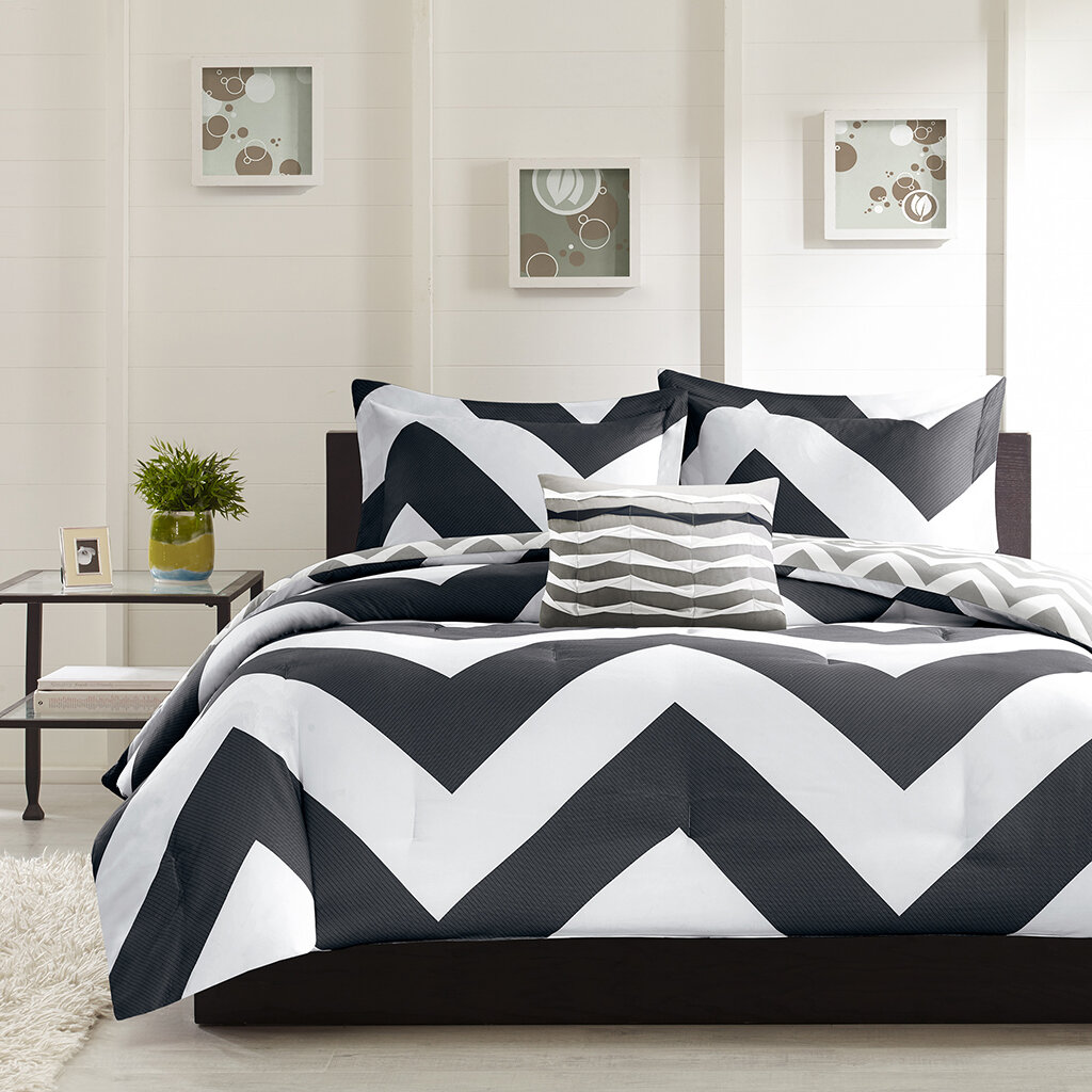 Black and White Chevron Comforter Queen 1024 x 1024